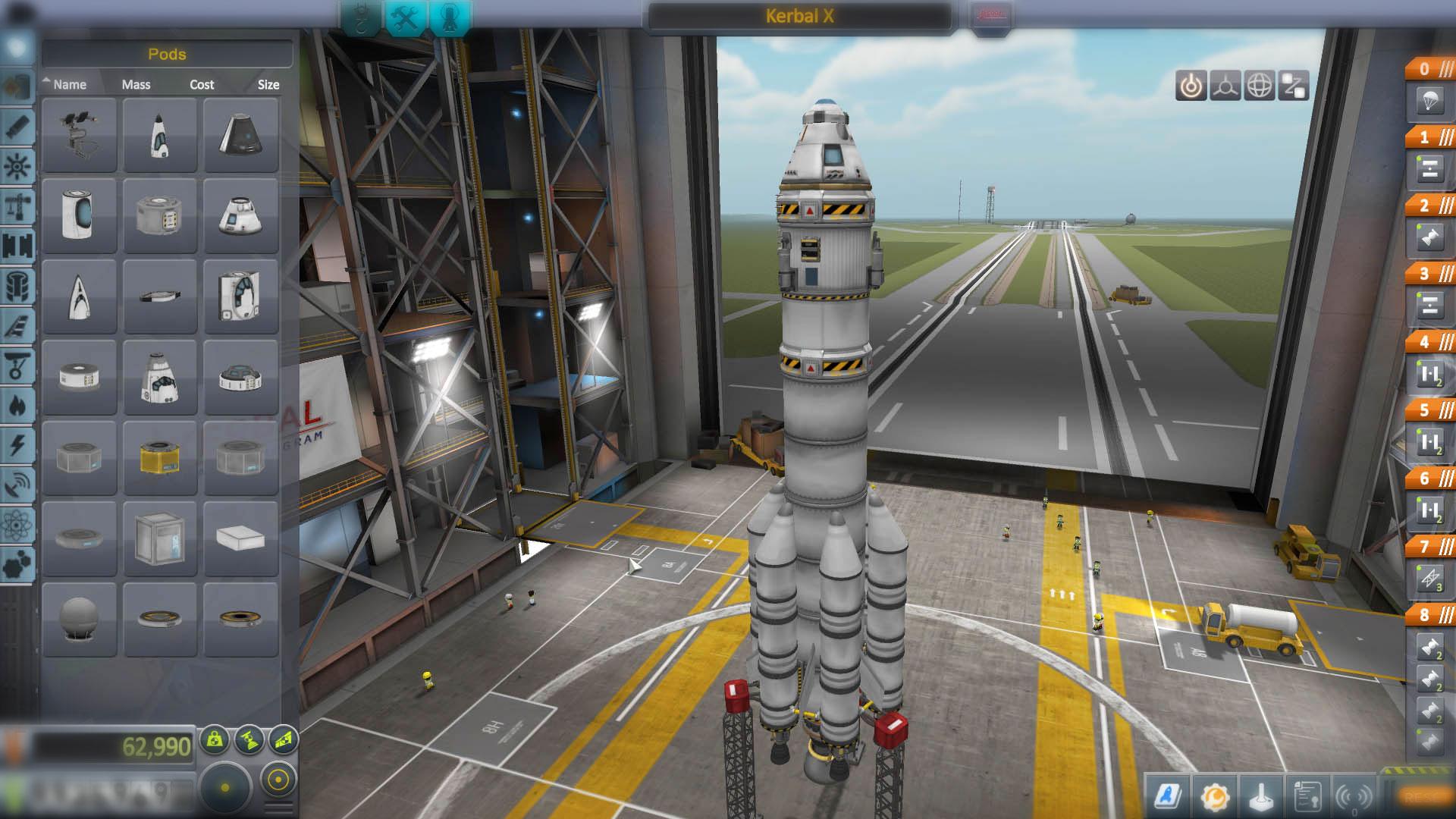 Строительство ракеты в Kerbal Space Program